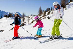 Family skiing at Dutchess County Hudson Valley ski area